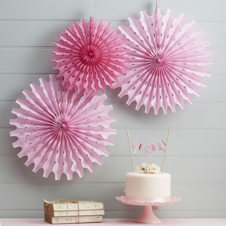 pinkit paperiviuhkat