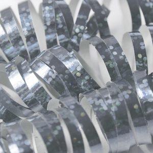 Hopeinen yksipuolinen holografiserpentiini
