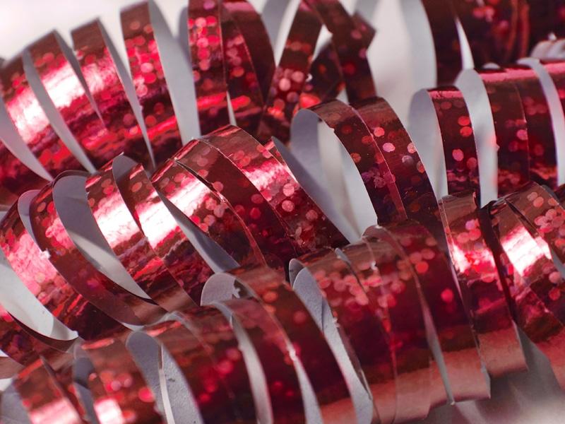 Punainen yksipuolinen holografiserpentiini