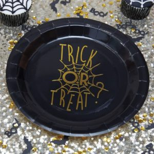 Trick or treat lautaset