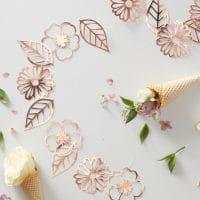 Ruusukulta kukkaköynnös