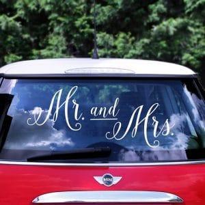 Mr & Mrs hääauton tarra