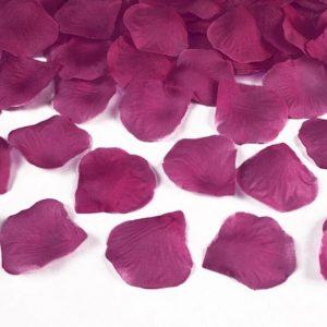 Ruusun terälehdet tumma pinkki
