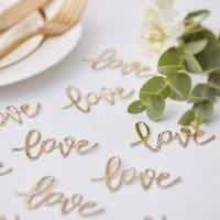 Love kultakonfetit