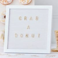 Valkoinen letter board