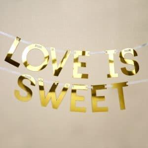 Love is sweet kirjainnauha kulta