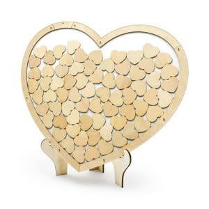 Vieraskirja sydänkehyksellä