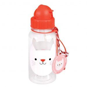 Juomapullo kissa