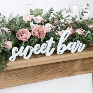 sweet bar puinen kyltti