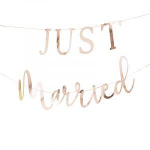 Just married ruusukultainen kirjainnauha
