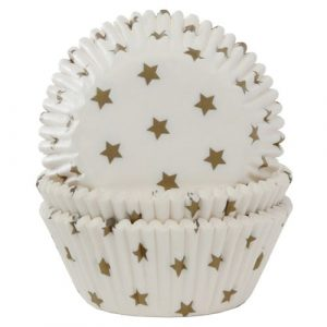 Valkoiset muffinivuoat kultatähdillä