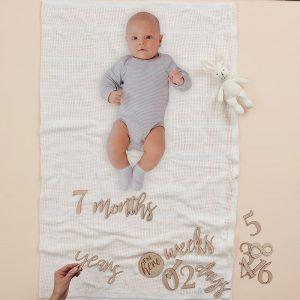 Vauvan peitto kuvausalustaksi