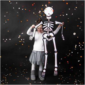 Pahviluuranko Halloween-juhlaan
